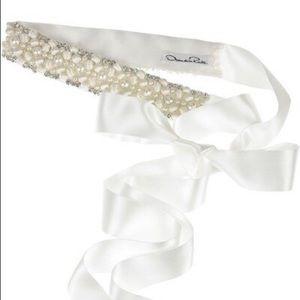 Oscar De La Renta Crystal & Pearl Embellished Belt
